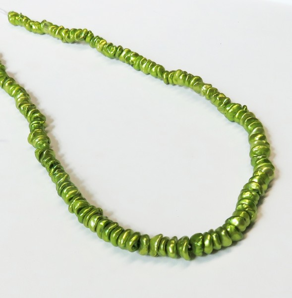Keshi Perlen Strang Süßwasser Keshi Kiwi Grün unverarbeitet L0007
