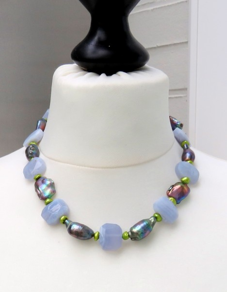Perlen Chalcedon Collier Keshi Tropfen Süßwasser Perlen Unikat Collier 4726
