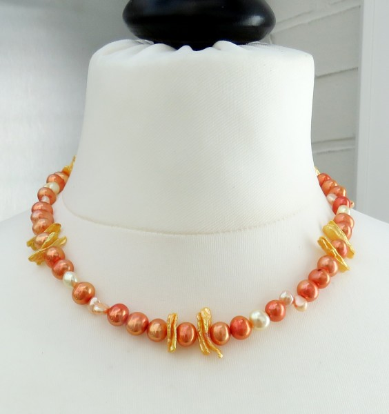 Süßwasser Perlen Collier Potatoe Perlen Keshi top aktuell in Orange Unikat 4686