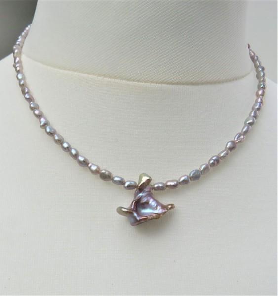 Perlen Kette Süßwasserperlen Kette Keshi Perlen Anhänger Unikat Perlenkette 4877