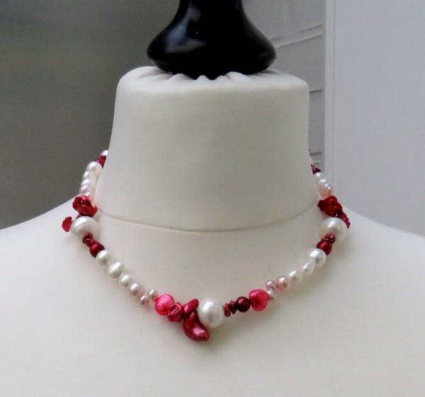 Süßwasserperlen Kette Unikat Perlen Kette handgefertigt Traum in rot weiß 4463