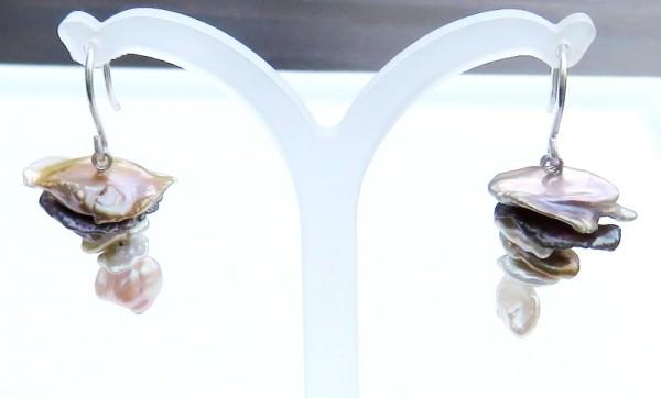 Vorderansicht keshi Perlen Ohrringe